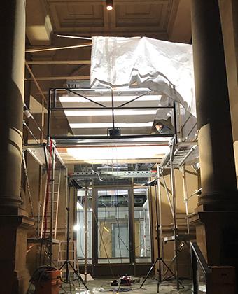 Eingang während des Ausbaus
