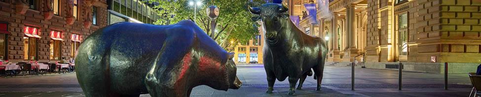 Skulptur von Bär und Bulle am Börsenplatz