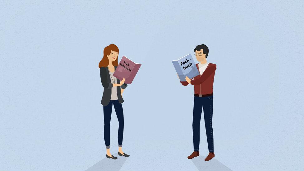 Anna steht mit der Fachzeitschrift und Michaen steht mit dem Fachbuch in den Händen